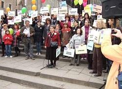 Protesta afectados enfermedades raras