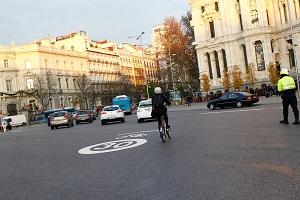 Ciclista en Cibeles