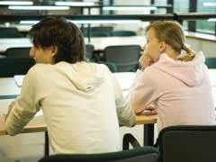 Estudiantes en un aula universitaria. (GTRES ONLINE)