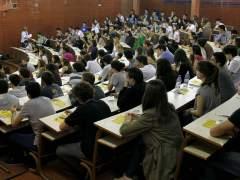 Estudiantes en Selectividad. (EFE)