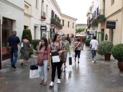 El centro comercial La Roca Village ya puede abrir los domingos. (ARXIU ACN)