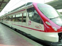 Un tren de Cercanías, en una imagen de archivo. (ARCHIVO)