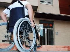 Una persona con discapacidad física en una silla de ruedas. (ARCHIVO)