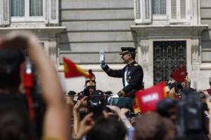 El rey Felipe VI a su llegada al Palacio Real. (JORGE PARÍS)