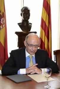El ministro de Hacienda, Cristóbal Montoro (PÉREZ / EFE)