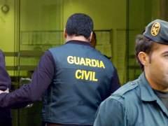 Imagen de archivo de un agente de la guardia civil. (J.F.Moreno /EFE)