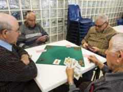 Varios integrantes de un centro de jubilados. (EVA MÁÑEZ)