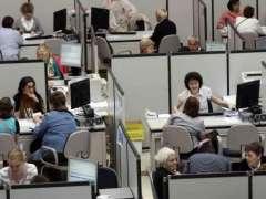 Trabajadores de la administración pública. (ARCHIVO)