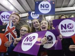 Escocia elige la unión. (EFE/Andy Rain)