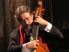 El músico catalán Jordi Savall se dedica a difundir la música medieval, barroca y renacentista. (ARCHIVO)