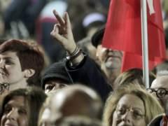 Syriza gana en Grecia, seguidores del partido celebran la victoria. (EFE)