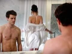 Fotograma de la película 'Cincuenta sombras de Grey'.