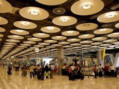 Terminal 4 del aeropuerto de Madrid-Barajas. (GTRES)