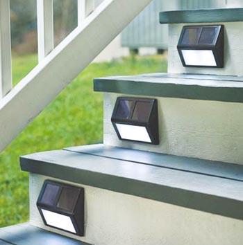 Casi mil formas de iluminar tu terraza balc n o porche un hogar con mucho oficio - Luces exteriores solares ...