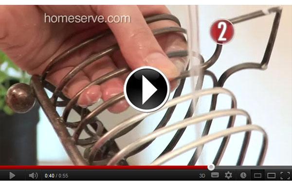 Accede al vídeo para aprender cómo dejar tu plata como nueva