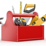 Equípate con las herramientas que todo profesional de Reparalia te recomienda tener en casa, para hacer frente a averías y reparaciones sencillas cuando más las necesites.