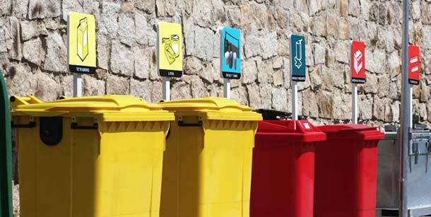 Aprende con Salvador de la Casa, el mejor profesional del hogar de Reparalia, a reciclar correctamente todos los desperdicios y residuos que deja cada obra, reparación o reforma de tu casa. ¡El respeto por el medioambiente es la parte más importante de nuestro trabajo!