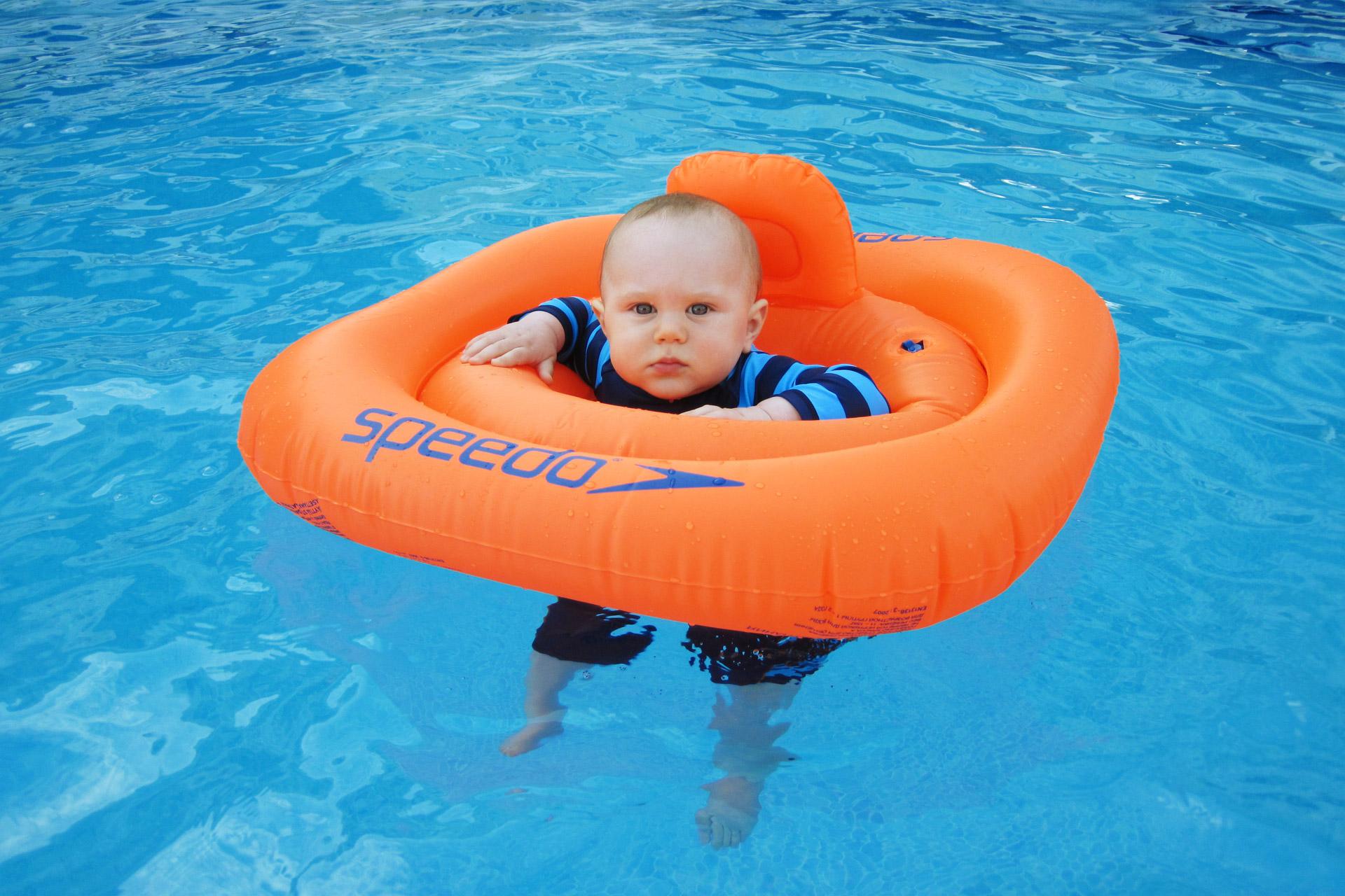 Ni os y piscinas conoces bien los riesgos y c mo for Que se necesita para hacer una piscina