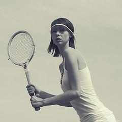 Los profesionales del hogar de Reparalia te ofrecen hoy un truco DIY para reciclar antiguas raquetas de tenis vintage en un original espejo. Disfruta los consejos de los grandes expertos en más de 20 gremios para cuidar de tu casa.