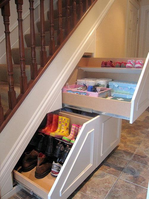 Trucos para ahorrar espacio en el armario perfect las for Zapateros colgados