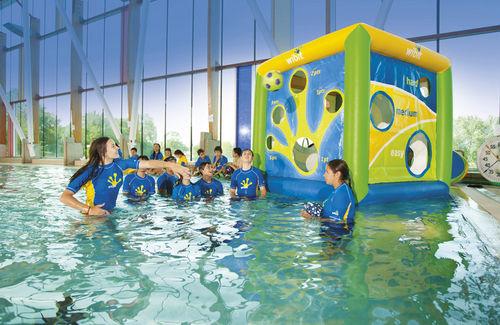 Tumbonas un hogar con mucho oficio - Hinchables de agua para piscinas ...