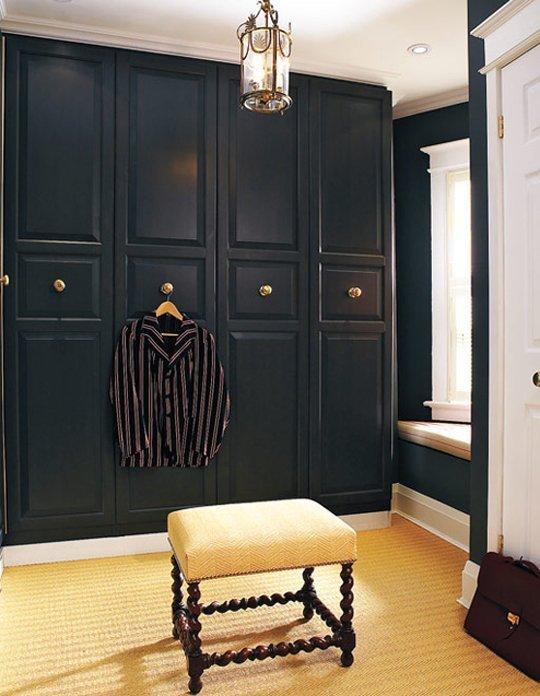 10 trucos para que tus armarios baratos parezcan de lujo for Pintura decorativa muebles