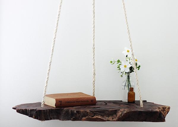 Los expertos del hogar de Reparalia te traen los DIY más originales, resultones y divertidos para que practiques tu lado más manitas en casa. Aprende cómo crear esta mesita de noche colgante y revoluciona la decoración de tu dormitorio.