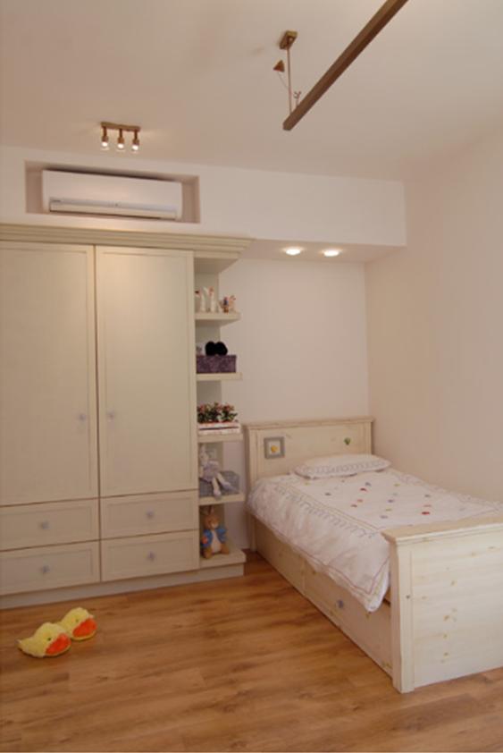 10 ideas geniales para esconder tu aire acondicionado un hogar con mucho oficio. Black Bedroom Furniture Sets. Home Design Ideas