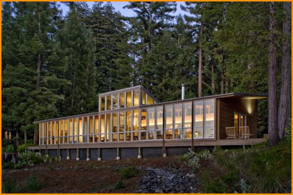 Los profesionales de las reparaciones de averías en el hogar de Reparalia también son grandes amantes de la arquitectura integradora. ¡Mira esta selección de casas que se llevan bien con la naturaleza que las rodea!