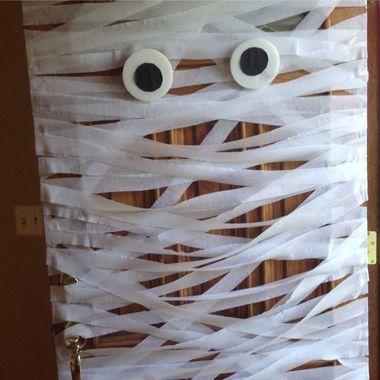Los profesionales del hogar de Reparalia te ayudan a pasar un Halloween de miedo con estas ideas y trucos low cost de decoración terrorífica para tu casa