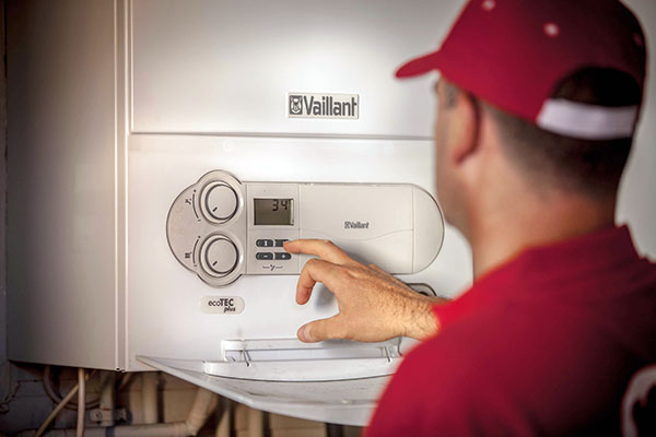 Los expertos en calefacci n y calderas de reparalia te - Ahorro calefaccion gas ...