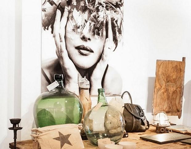 Nuestros profesionales en reparación de todo tipo de averías del hogar te traen hoy un poco de inspiración decorativa, con el origen secreto del nombre damajuana y algunos ejemplos de decoración con estas preciosas y originales botellas