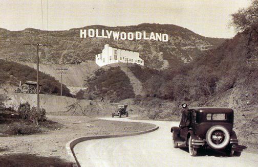 El letrero de Hollywood cumple 93 años