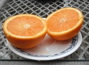 """¿De dónde surge llamar """"media naranja"""" a la pareja perfecta?"""
