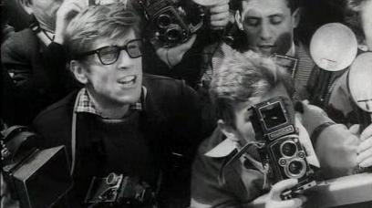 ¿Por qué a los fotógrafos de prensa se les conoce como 'paparazzi'? - Paparazzo
