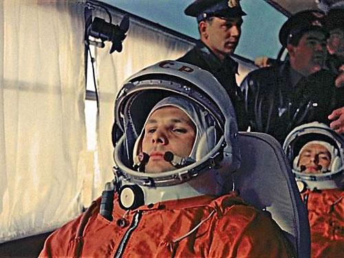 ¿Por qué los rusos llaman 'cosmonauta' al viajero del espacio y no 'astronauta'?