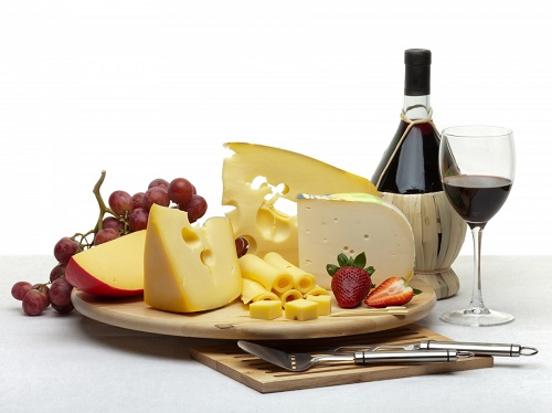 ¿De dónde proviene la expresión 'Que no te la den con queso'?