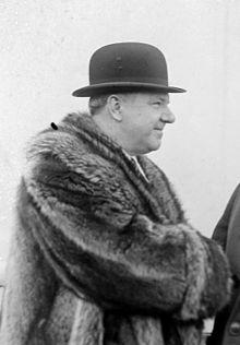 W. C. Fields  (Fuente de la imagen Wikimedia commons)