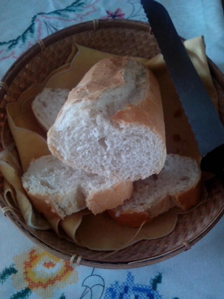 ¿Por qué el pan se pone duro tan pronto y antes duraba más?