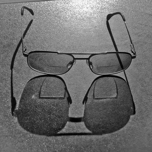 1f6af52a0e Cuál es el origen de las lentes bifocales? | Ya está el listo que ...