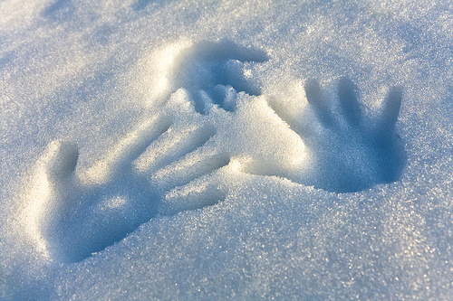 ¿Cuál es el origen de la expresión 'Manos frías, corazón caliente'?