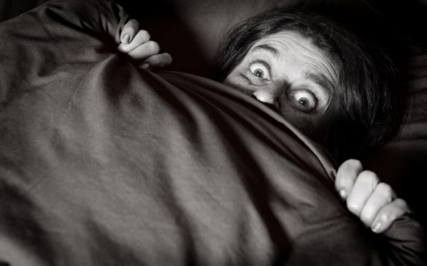 Clinofobia, el miedo irracional y patológico a meterse en la cama