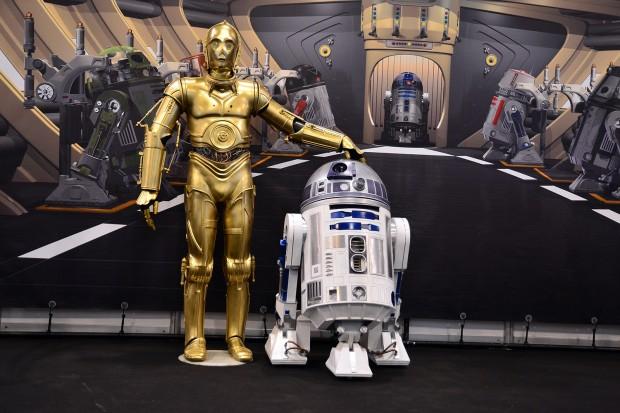¿De dónde proviene los nombres de los androides R2-D2 y C-3PO de la saga 'Star Wars'?