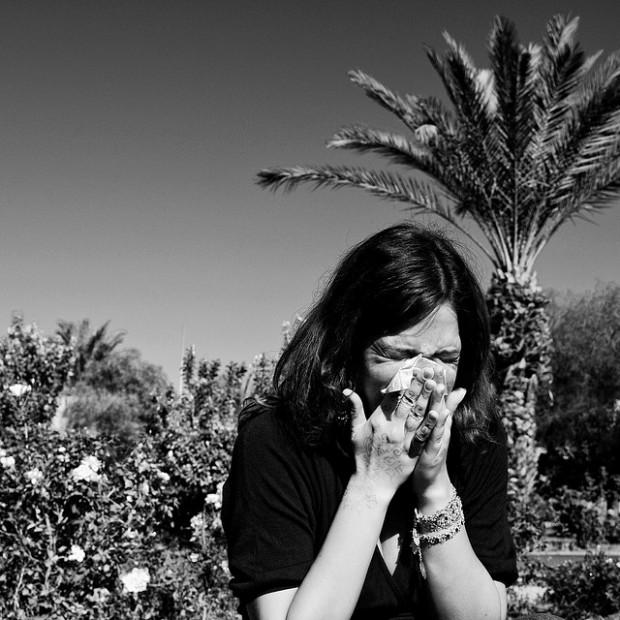 ¿Por qué da ganas de estornudar cuando miramos al sol?