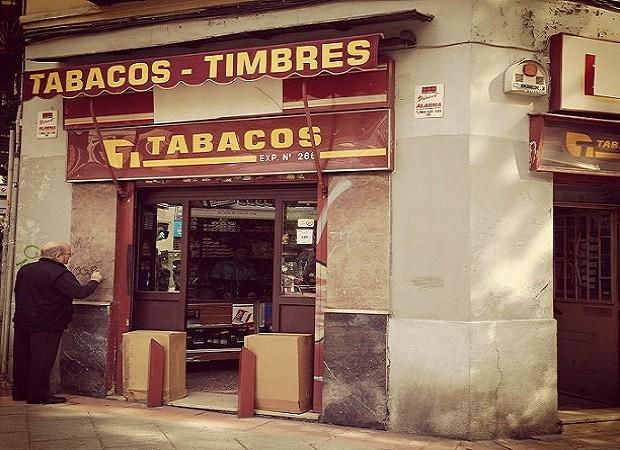¿De dónde surge llamar 'estanco' al establecimiento donde se vende tabaco?