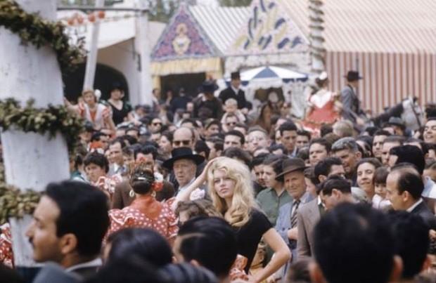 Brigitte Bardot en Sevilla (Loomis Dean - LIFE )