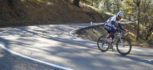 ¿De dónde surge llamar 'farolillo rojo' al último ciclista de una carrera?